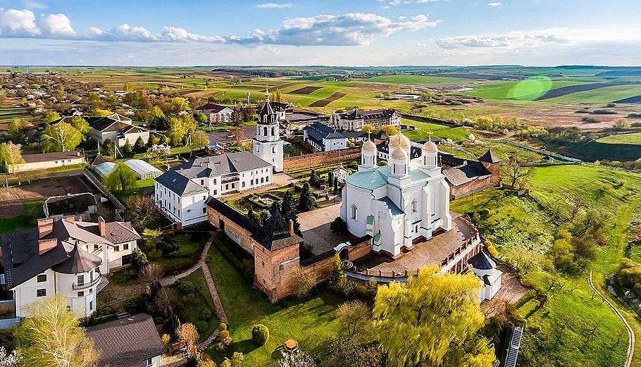 Зимнинський монастир у Володимирі на Волині.