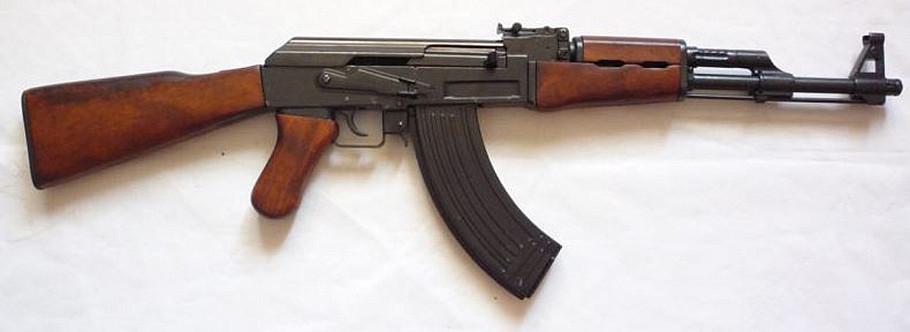 """Штурмовая винтовка """"Шмайсер""""."""